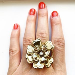 Chunky & shiny gold / diamond flower ring